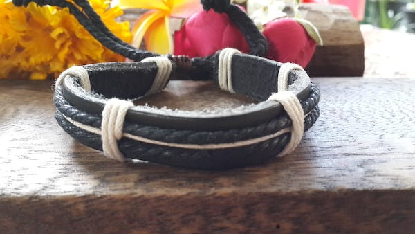 Fair Trade Hand Made Woven Leather Bracelet Black And White
