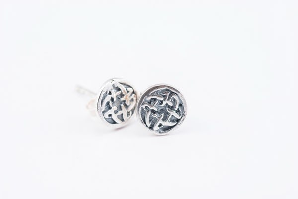 Sterling Silver Thai  Stud Earrings Ancient Carving