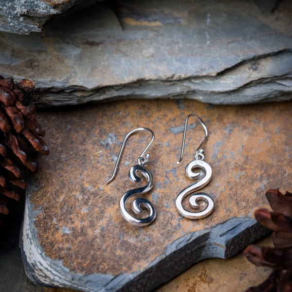 Sterling Silver Thai  Dangle Earrings Swirling Drop