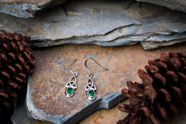 Sterling Silver Thai  Dangle Earrings Celtic Triangle With Emerald Glass Stone