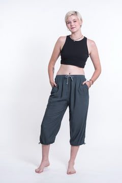 Women's Cotton Double Layers Cropped Pants in Solid Black