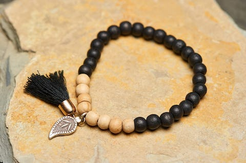 Tibetan Two Tone Bodhi Beads Bracelet with Leaf Charm