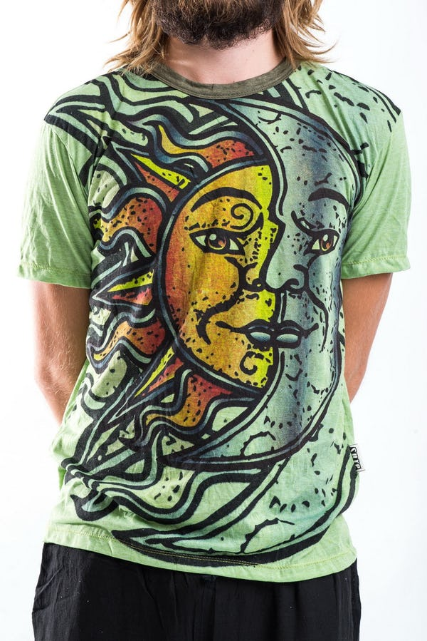 Sure Design Mens Sun and Moon T-shirt Green